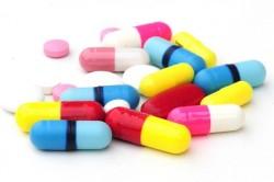 Прием медикаментов для лечения заболевания