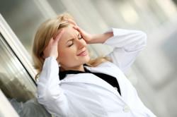 Стрессы - одна из причин задержки месячных