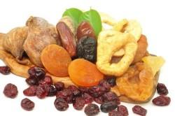 Польза сухофруктов при заболеваниях кишечника