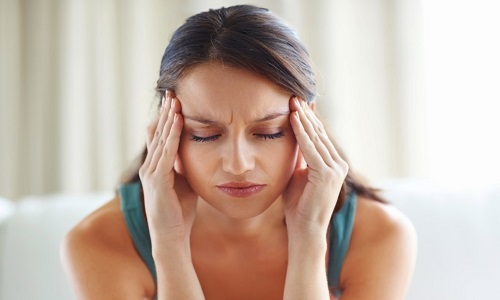 Проблема головной боли перед месячными