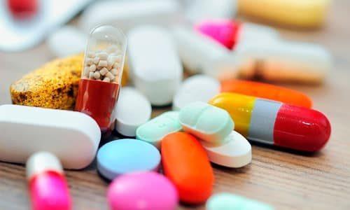 В основе терапии лежит применение антимикробных препаратов, обладающих способностью концентрироваться в мочевом пузыре и не оказывать токсического влияния на другие органы