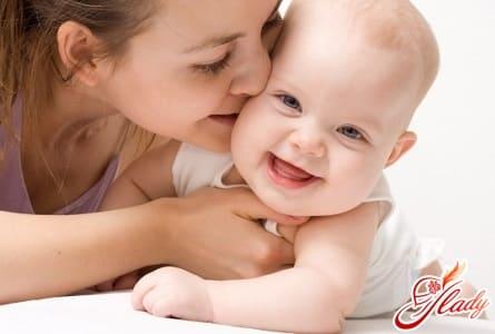 правильное развитие ребенка в 5 месяцев