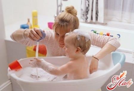 купание ребенка в 5 месяцев