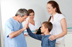 Консультация врача при боли в груди после месячных