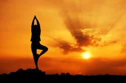 Йога для лечения опущения матки